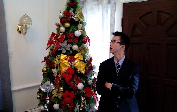 Vincent Nguyen in a Suit